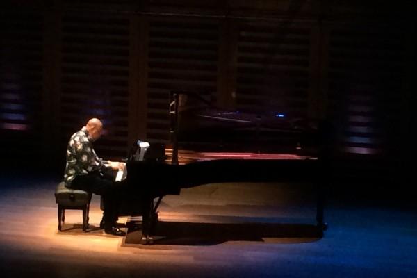 Chucho Valdes Latin caz jazz piyano piyanist konser Londra dinleti